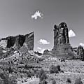 Monumentvalley 45 by Ingrid Smith-Johnsen