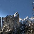 Moonlit Bridalveil  Falls-yosemite Valley by Leslie Wells
