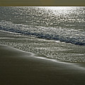 Morning Light On Sandown Beach by Rod Johnson