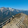 Moro Rock Sequoia National Park by Daniel Farina