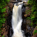 Moxie Falls by Olivier Le Queinec