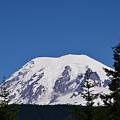 Mt Rainier by LKB Art and Photography