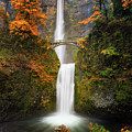 Multnomah Falls In Autumn Colors by William Freebilly photography