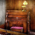 Music - Organist - A Vital Organ by Mike Savad