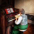 Music - Organist - The Lord Is My Shepherd  by Mike Savad