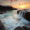 Na Pali Sunset by Mike  Dawson