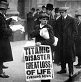 Newsboy Ned Parfett Announcing The Sinking Of The Titanic by English School