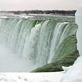 Niagara Falls 2 by Anthony Jones