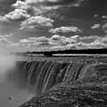 Niagara Falls by Adam Orzechowski