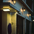 Night Street Cafe by Ming-Jer Wu