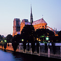 Notre Dame On The Seine by Buddy Mays