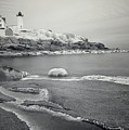 Nubble Light Black And White by Luke Moore