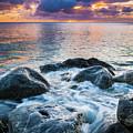 Oahu Shoreline by Inge Johnsson