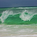 Ocean Wave 2 by Kenneth Christenson