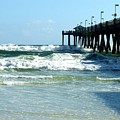 Okaloosa Pier Breaking by Kirby Anderson