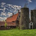 Old Barn Near Sedalia Mo Dsc01900 by Greg Kluempers