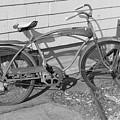 Old Bike by Juliano Da silva