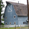 Old Blue Barn Littlerock Washington by Laurie Kidd