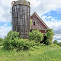Old Historic Barn In Vermont by Edward Fielding