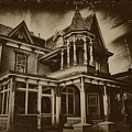 Old House In Cape May by Bill Cannon