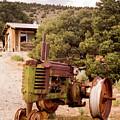 Old John Deer Tractor by Frank Carter