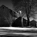 Old Red Barn by Joseph Rennie
