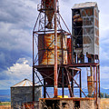 Old Rusted Grain Silo - Utah by Gary Whitton