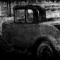 Oldie 1 Bw by Ernie Echols
