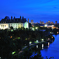 Ottawa At Night by Joe  Ng