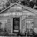 Owen's Store by Lynn Wilson