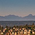 Panorama - Lake Washington - Cascade Mountains by E Faithe Lester
