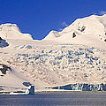 Panoramic View Of Glaciers And Iceberg by Panoramic Images