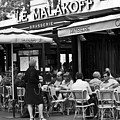Paris Street Cafe - Le Malakoff by Georgia Fowler