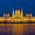 Parliament On The Danube by Peter Kennett