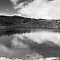 Pau-pique Lake by Gaspar Avila