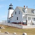 Pemaquid Lighthouse by Dale R Preston