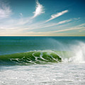 Perfect Wave by Carlos Caetano