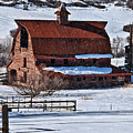 Perry Park Barn by Priscilla Burgers