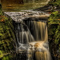 Pewits Nest Middle Waterfall by Dale Kauzlaric