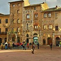 Piazza Della Cisterna by Harriet Harding