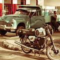 Pickup Bike  by Rob Hawkins