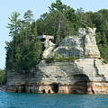 Pictured Rocks by Linda Kerkau