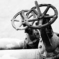 Pipeline Valves by Gaspar Avila