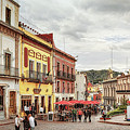 Plaza La Paz, Guanajuato by Tatiana Travelways