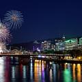 Portland Rose Festival 2017 Fireworks by David Gn