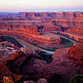 Dawn At Dead Horse Point by Tracy Knauer