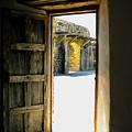 Puerta 2 by Diana Moya