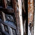 Puerta 5 by Diana Moya