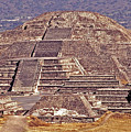 Pyramid Of The Sun - Teotihuacan by Juergen Weiss