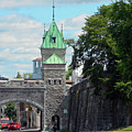 Quebec City 82 by Ron Kandt